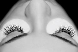 Hautnah-Beautylounge-Kosmetikstudio-Norderstedt-luxuslashes_step3_04